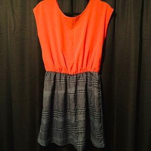 PEPPERMINT dress size L